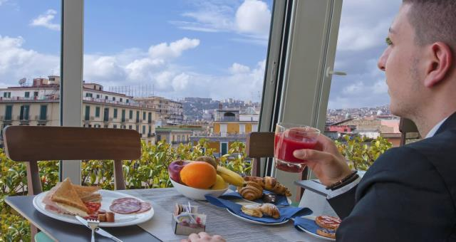 Morning breakfast with views of Castel Sant ' Elmo